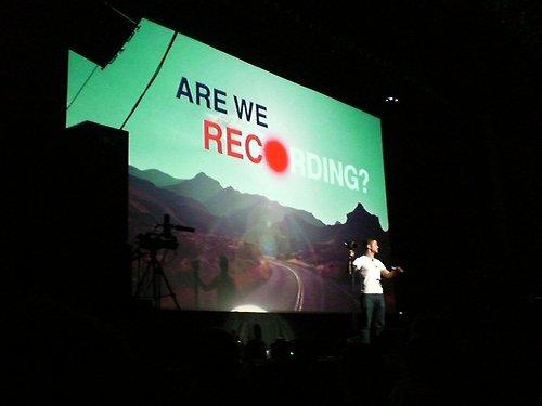 Nouvelle photos de HitRECord posté par plusieurs fans pour sa venus à Richmond
