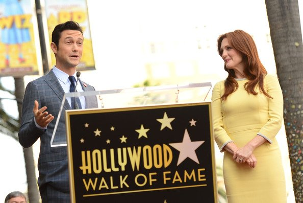 Julianne Moore honoré sur le Walk of Fame