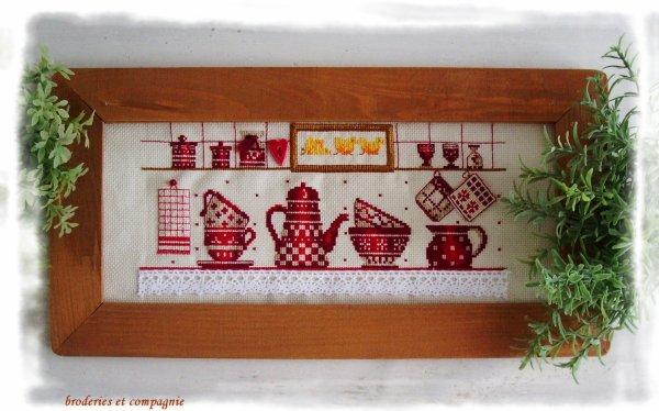 la vaisselle rouge de DMC