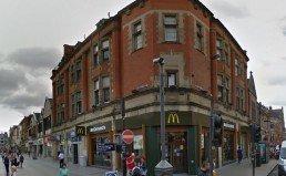 McDonald's : Un agent de sécurité licencié après avoir interrompu le baiser d'un couple gay