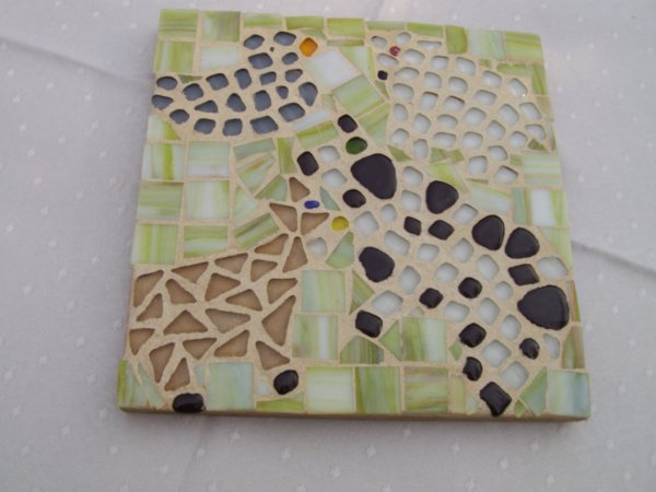 Trés belles créations polychrome en mosaique de verre et des emaux de Briard