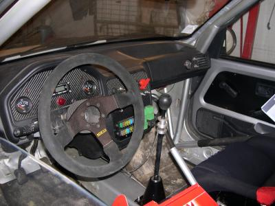 Interieur de peugeot 106 maxi rallye men for Interieur 106
