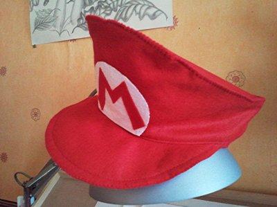 Casquette Mario Bros que je faite en feutrine pour mon petit fils Tristan.
