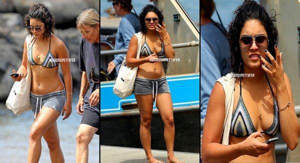 Thursay, September 15th ; Vanessa a ENFIN été aperçue dans une plage de Maui à Hawaï.