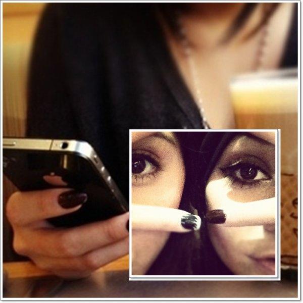Un lot de photos personnelles de Vanessa, ainsi que quelques news! Toujours pas de nouvelles pour Alex :(