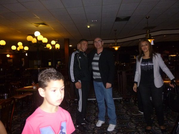 avec mes boxeurs pesée au bowling quai 121 le 10 avril