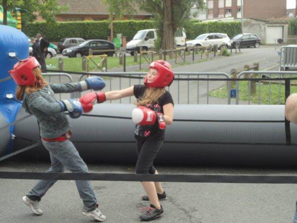 initiation boxe quartier du raquet cité des moineaux le 15 aout 2014