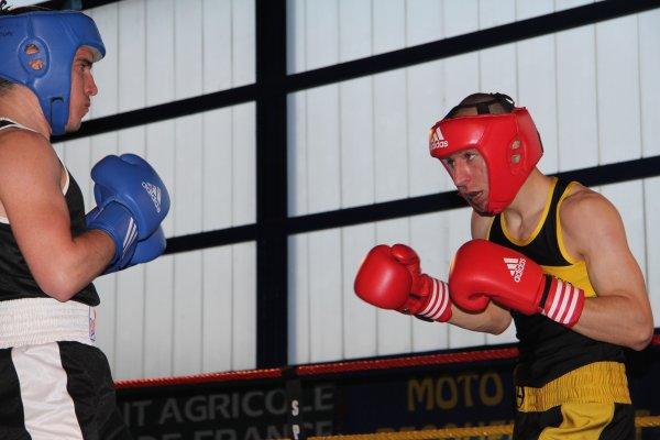 les boxeurs amateurs gala de pecquencourt le 23 mai 2015