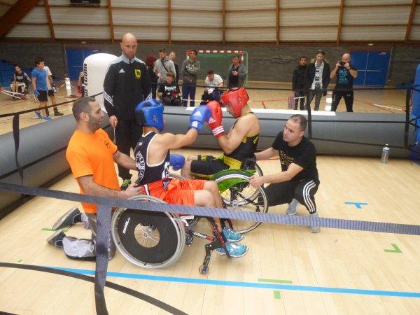 """gala de boxe educative et handi boxe a douai le 20 decembre """"boxons les barrieres du handicap"""""""
