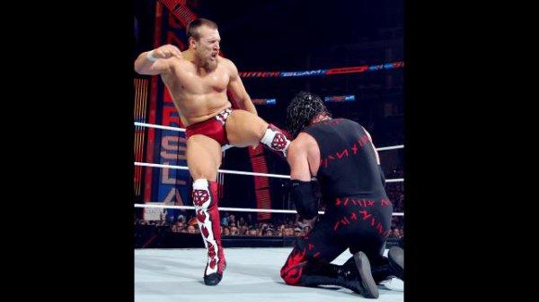 SUMMERSLAM : Daniel Brayan vs Kane