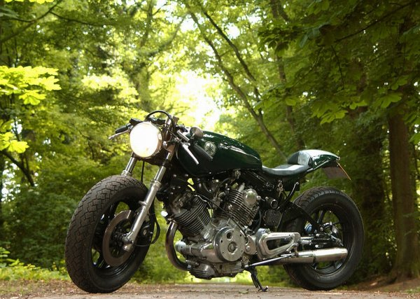 Cool yam cafe racer..
