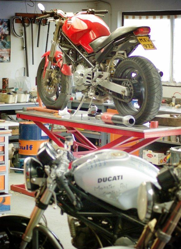 Garage mood..