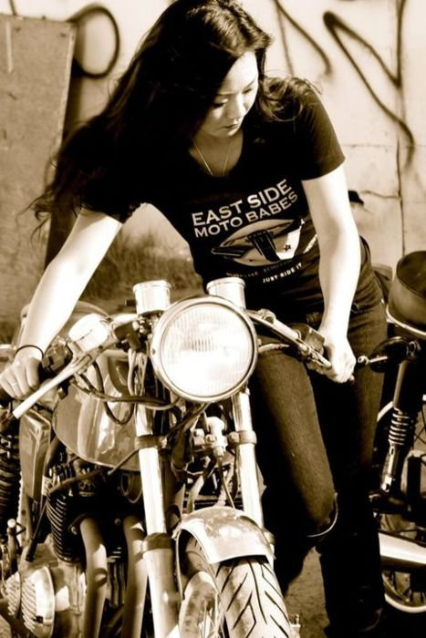 Girls on wheels...