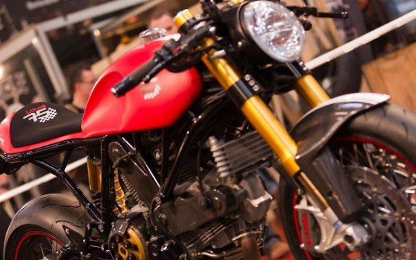 Ducati Sport Classic façon Walzwerk racing ..