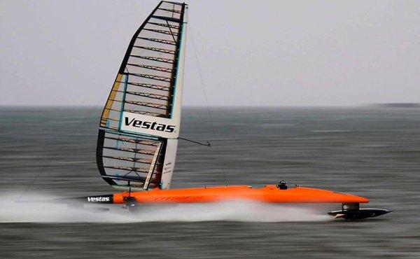 Sailrocket, 125 Km/h, en propulsion éolienne uniquement ...