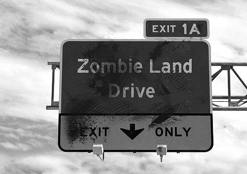 « Impossible de séparer vitalité et mortalité... à moins de vouloir créer de toutes pièces une génération de morts-vivants, de zombies, qui seraient aux sociétés futures ce que l'esclave était aux sociétés du passé. »