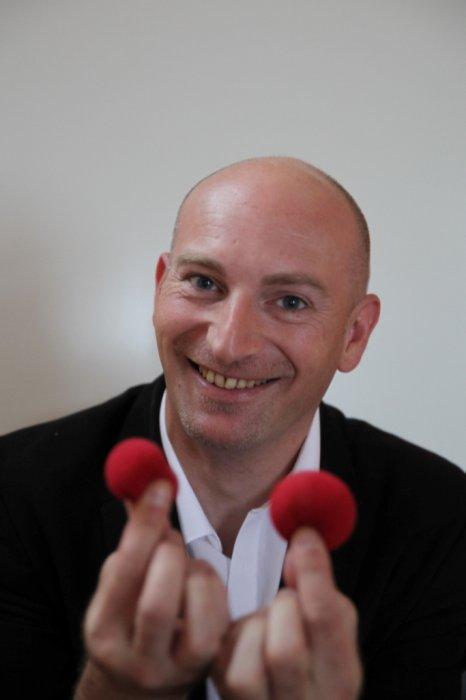 Majerik Magicien en Alsace, Bourgogne, Franche-Comté et Suisse