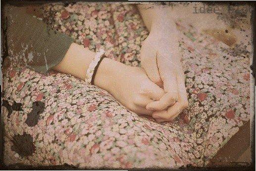 Un seul être vous manque , et tout est dépeuplé.
