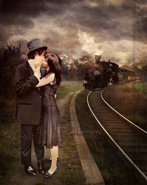 tu es sur mon chemin  c'est un signe du destin  je suis attirée par ta silhouette qui à mes yeux semble parfaite est-ce le bon chemin  tu me regardes et ne dis rien tu t'approches sans un bruit me prends la main et souris je suis perdue ne sais quoi faire  je prends ta main et la serre tes yeux plongent dans les miens soudain autour de moi je n'entends plus rien boum boum fait mon c½ur est ce le bruit du bonheur je me sens légère comme une fleur maintenant je n'ai plus peur avec toi je ne peux que sourire  jamais tu ne me feras souffrir