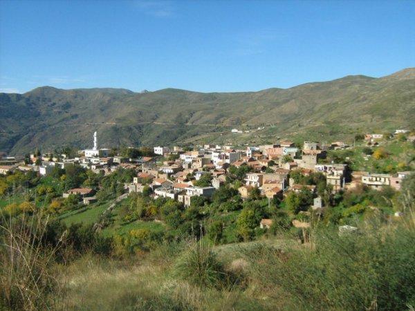 ******mon village natale et de 80km de chez moi bejaia *****