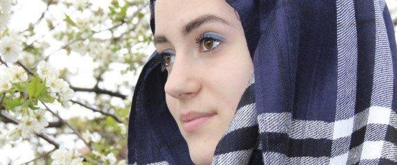 les plus belles étoiles sont celles qu'une femme a dans les yeux quand elle regarde l'homme qu'elle aime.ma koki
