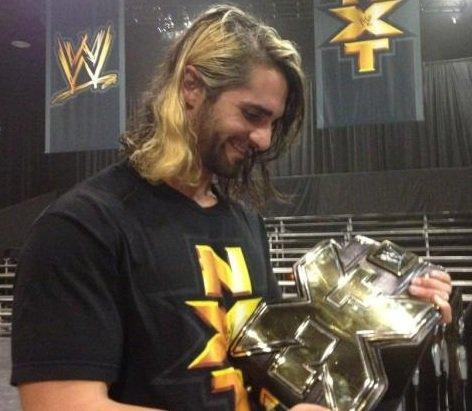 Seth Rollins: 1er NXT Champion