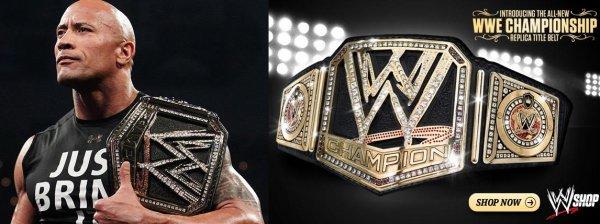 The Rock présente le nouveaux WWE Championship