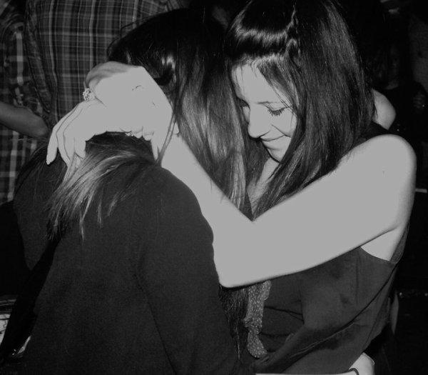 Les amis se comptent sur les cinq doigts de la mains, et toi, tu es mon préféré.. ♥
