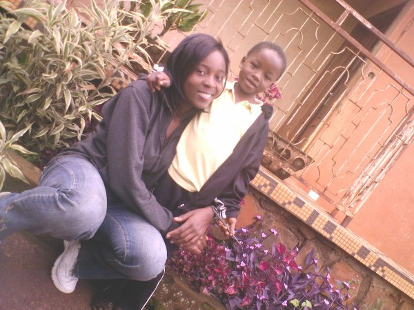 ma cousine Ornella et ma soeurette