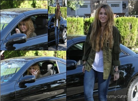 Le 31.12.10; Miley Cyrus était à Los Angeles