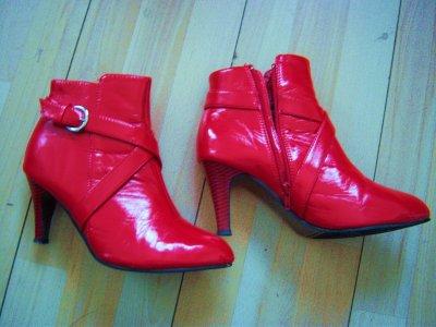 bottines rouge T40