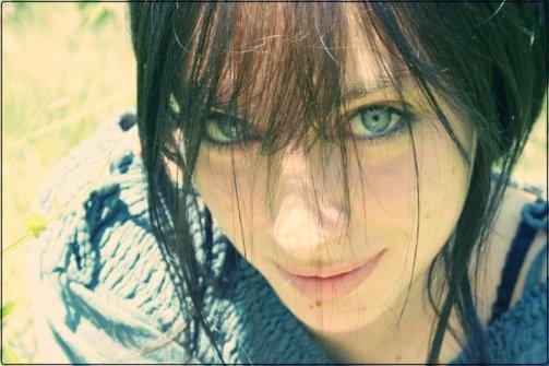 [ Quarante-huit. ]   Elle est pas présentable, elle est pas jolie, elle est pas moche non plus...