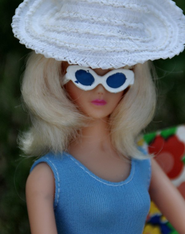 après Anouk la beauté noire voici une sublime Anouk version blonde