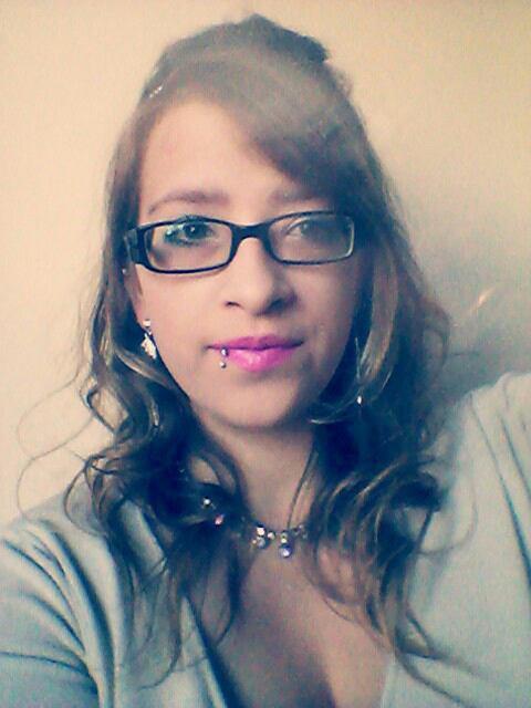 Je me ferait belle pour ne pas que tu regarde les autres a part moi  # T