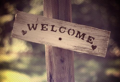 இ    இ    இ   Bienvenue à tous.  இ    இ    இ