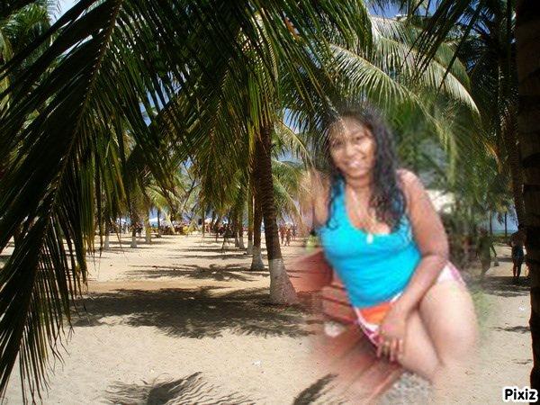 ki ve venir m'accompagner sur cette plage????