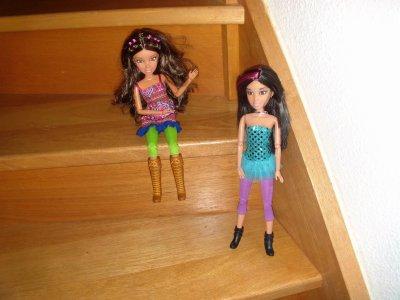 daniela et sophie et l'escalier