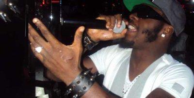 (Diaspora) Arafat DJ en prestation au Titans Night club