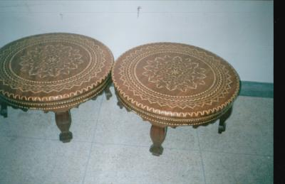 table basse de sallon bienvenu dans le monde des arts sur bois. Black Bedroom Furniture Sets. Home Design Ideas