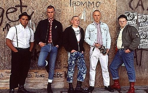 This is England / Dietro Casa (2013)