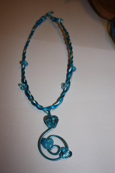 collier coeur bleu