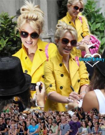 Ses Fans, non blogs Britney Responsable des Montages Fan2Brit-Forever _