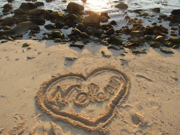 Ton prénom mon Ange sur la plage de l'île Maurice <3