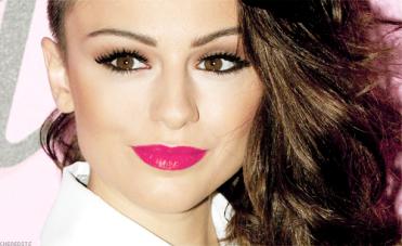 ╚> Swagger Jagger : Cher Lloyd's Twitter