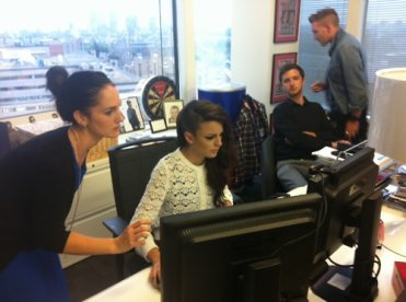 ╚> Swagger Jagger : Cher Lloyd's interview + chat vidéo