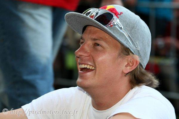 Joyeux Anniversaire a notre champion Kimi Räikkönen qui fête ses 32 ans!!