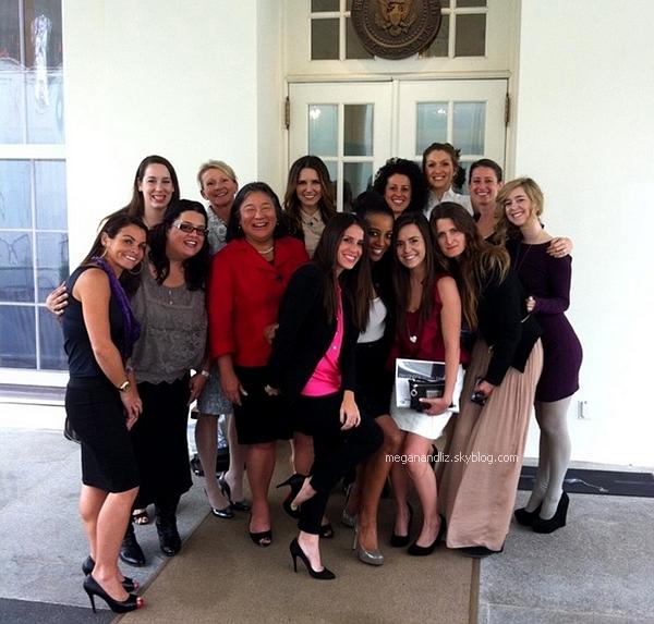 Megan et Liz avec Sophia Bush et @IAmThatGirl for #ThatGirlDC.