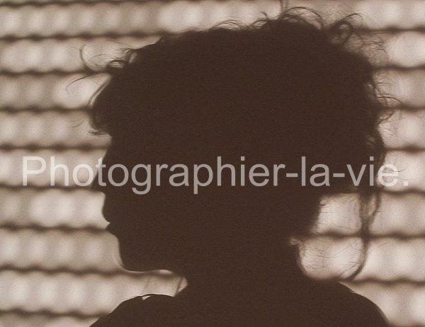 """""""A mon avis, vous ne pouvez pas dire que vous avez vu quelque chose à fond si vous n'en avez pas pris une photographie."""" -E.Zola"""