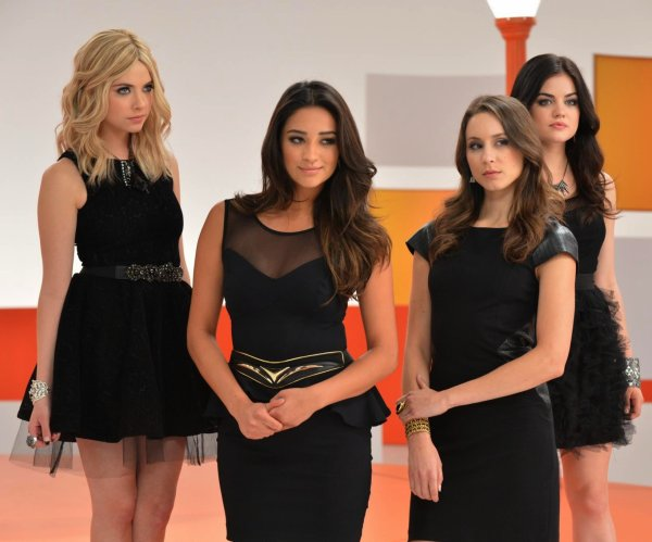 Photoshoot Pretty Little Liars - Saison 4