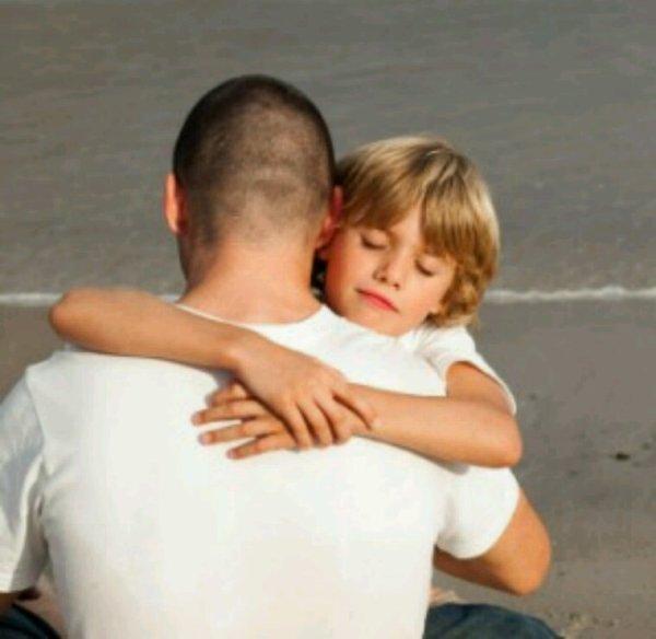 Un bon père sait se faire craindre sans se faire haïr, et se faire aimer sans perdre l'autorité, en joignant la politesse de l'homme aimable à la fermeté des vertus familiales.